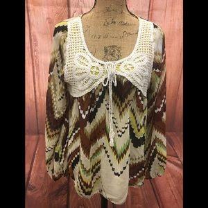 Umgee size large crocheted boho top